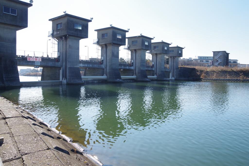 江戸川水閘門