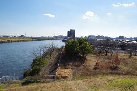 新河岸川を合流し隅田川は都心へ