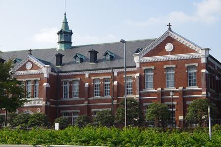 近衛師団司令部庁舎(現東京国立近代美術館工芸館)